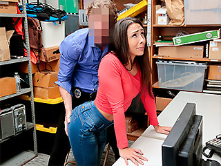 lilly case 1128285 shoplyfter