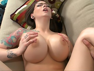 titted boss ashton pierce