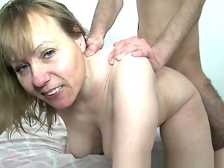 carole french cougar affamee finie pisse