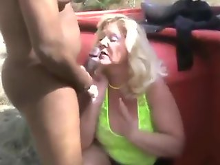 bbw mature bbc sex outdoor