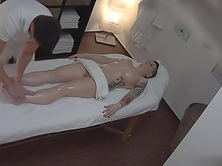 brunette amateur taking part masseuse porno