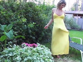 beautiful mature tranny yellow dress