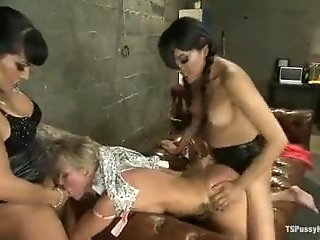 milf simone sonay forced shemales