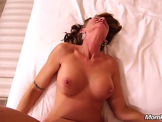 classy 50 year gilf loves anal