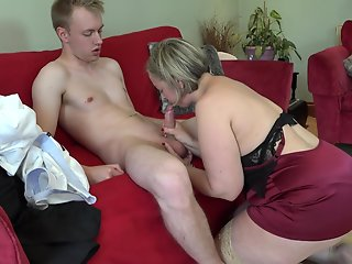 british curvy cougar doing toyboy